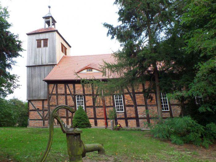 Kirche Kleinrössen | Foto:  Elbe-Elster-Land