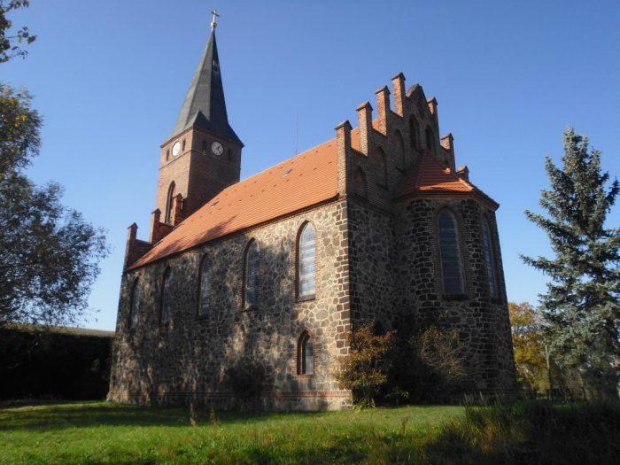 Kirche von Groß Mehßow  | Foto: