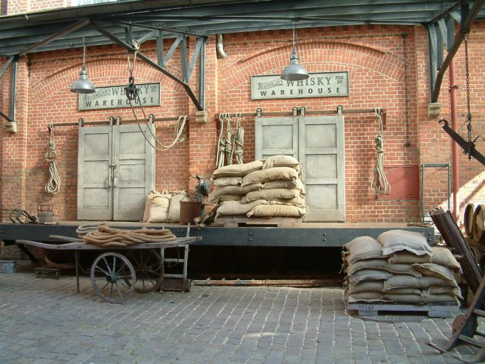 Die Filmkulisse vom Jackie-Chan Film auf dem Gelände der Landskron Brau-Manufaktur | Foto:  Landskron Brau-Manufaktur