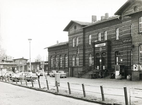 Tafel 7: Bahnhof Quelle: Lübbenaubrücke  | Foto: